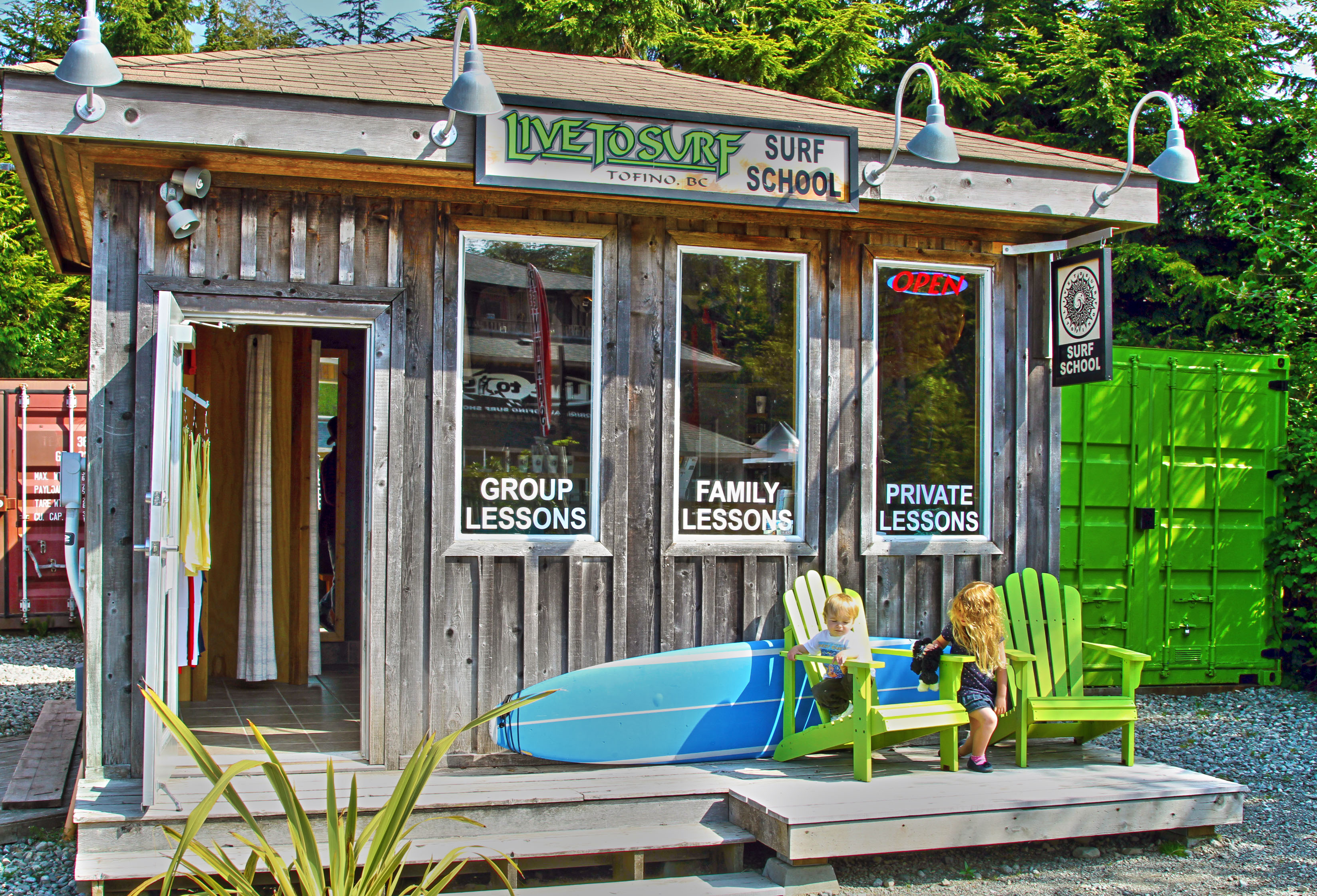 the surf shoppe As the first surf shop to open up in malibu, back in 1972, malibu surf shack is a  pch mainstay owned by couple sean and leslie weber, this shop is located.